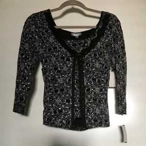 Moa moa Embellished Long sleeve Blouse with a vest